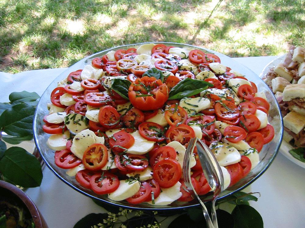 Basil with tomato & mozzarella